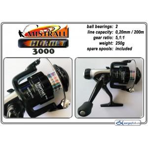 Катушка MISTRALL Hornet 3000 RD (подшип.:2, ёмкость шпули:0.200мм./ 200м., передача:5.1:1, вес:250г.) с запасной шпулей.