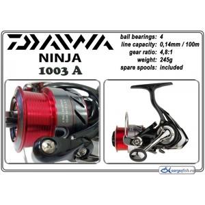 Катушка DAIWA Ninja 1003A (подшип.:4, ёмкость шпули:0.140мм./ 100м., передача:4.8:1, вес:245г.) с запасной шпулей.