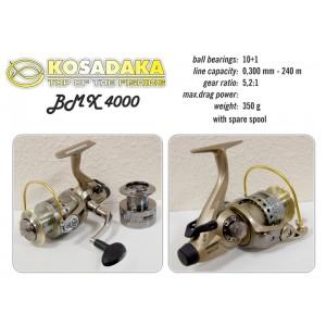 Катушка KOSADAKA BMX 4000 (подшип.:10, ёмкость шпули:0.300мм./ 240м., передача:5.2:1, вес:350г.)